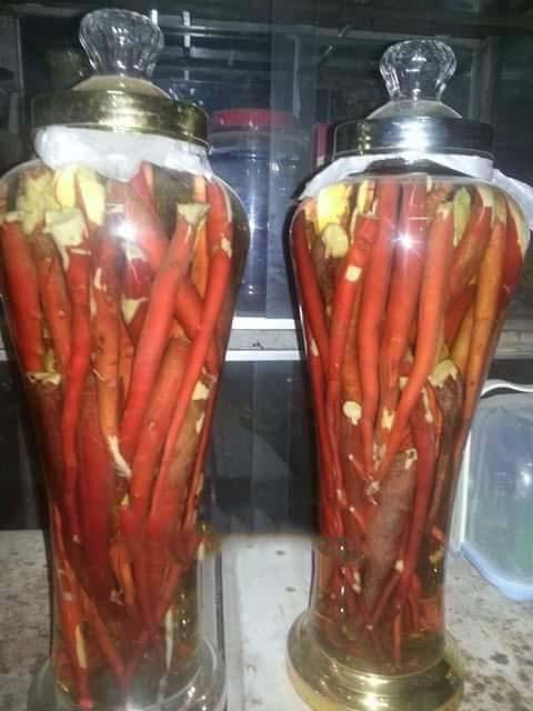 Cách ngâm rượu sâm cau cần phải ngâm nước gạo và nên ngâm bình thủy tinh hàn quốc để có bình rượu ngon và đẹp